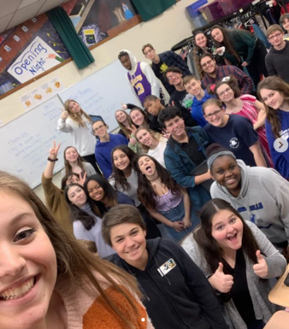 The Drama Club shows off their bright smiles at rehearsal prior to quarantine.  (Photo by Emily Gilligan)